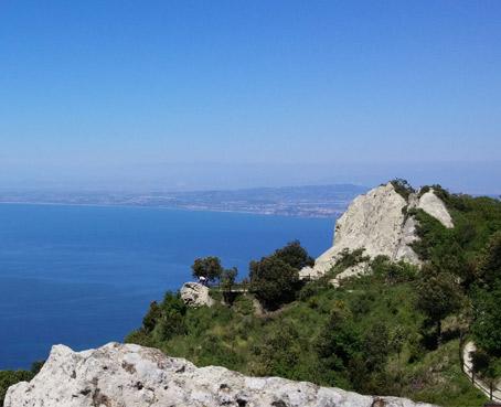 https://www.nitrodiviaggi.it/media/16773/ischia-trekking-experience.jpg